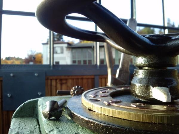 Installation der elektrischen Bauteile des Antriebs | Amberger ...