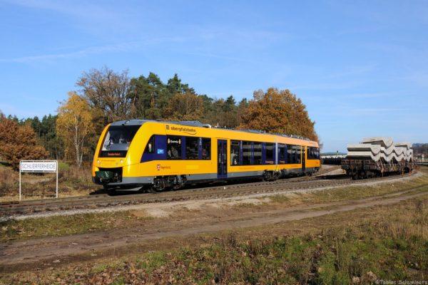 DSC_4154 20.11.2016 1648 208 (95 80 1648 208-4 D-DLB) als Rangierfahrt in Schlieferheide-1-1280